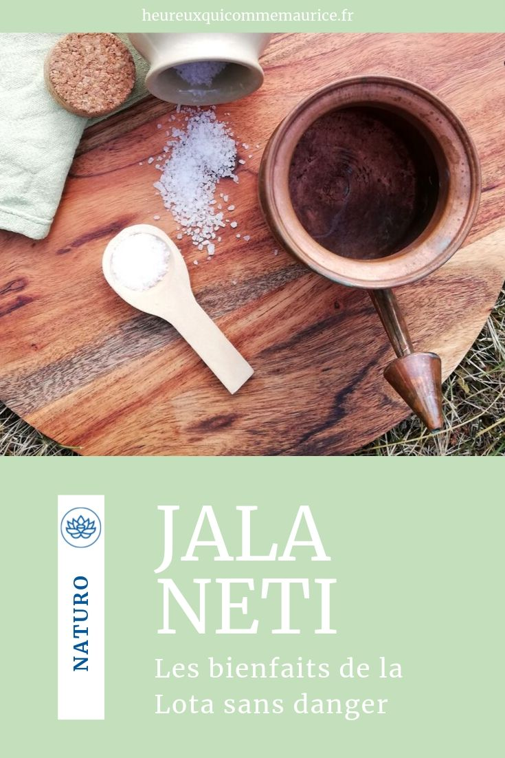 Lota Jala Neti pot en cuivre et gros sel