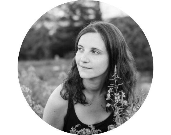 Portrait d'Elodie Michel naturopathe holistique et réflexologue